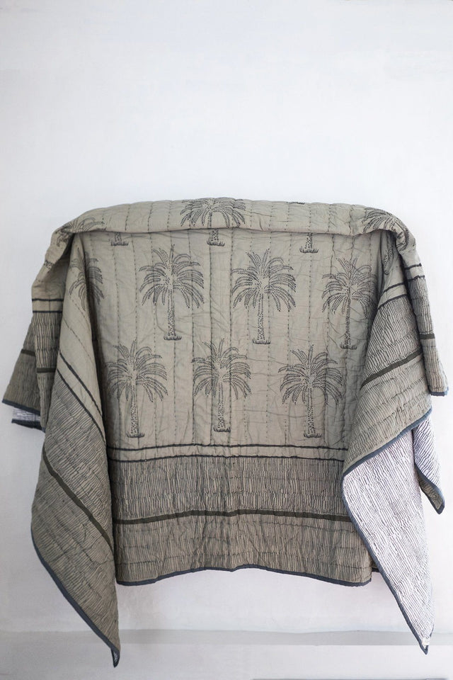 LaLa Palm Quilt in Olive