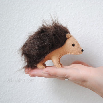 Delilah Iris DIY Felt Hedgehog Kit