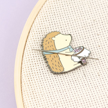Clever Clove Needle Minder