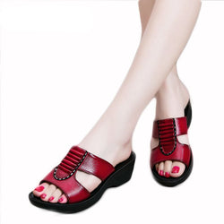 Woman's Leather Slip On sandals