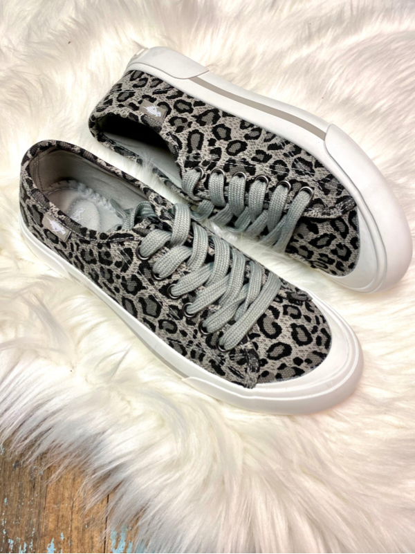 Rocket Dog Jumpin Grey Leopard Sneaker