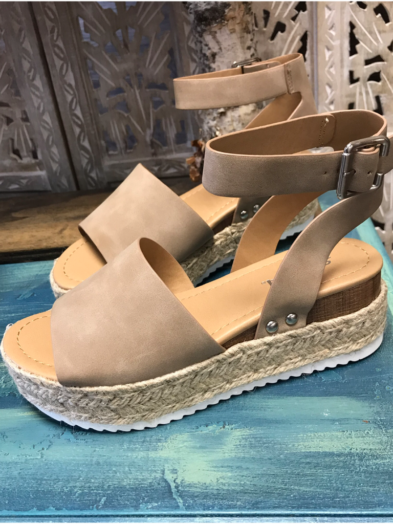 Dark Natural Platform Sandal