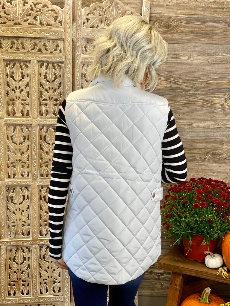 Ivory Diamond Quilted Zip Front Vest