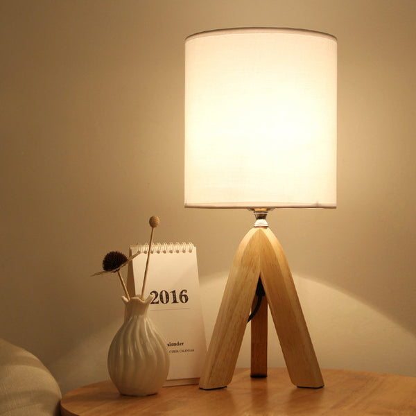 Nordic Wooden Table Lamp With Linen lampshade