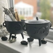 UrbanLune's lux cast iron cauldrons