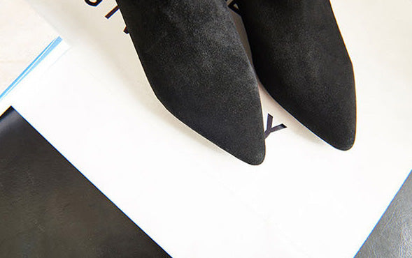 gorgeous zippered black ankle boots