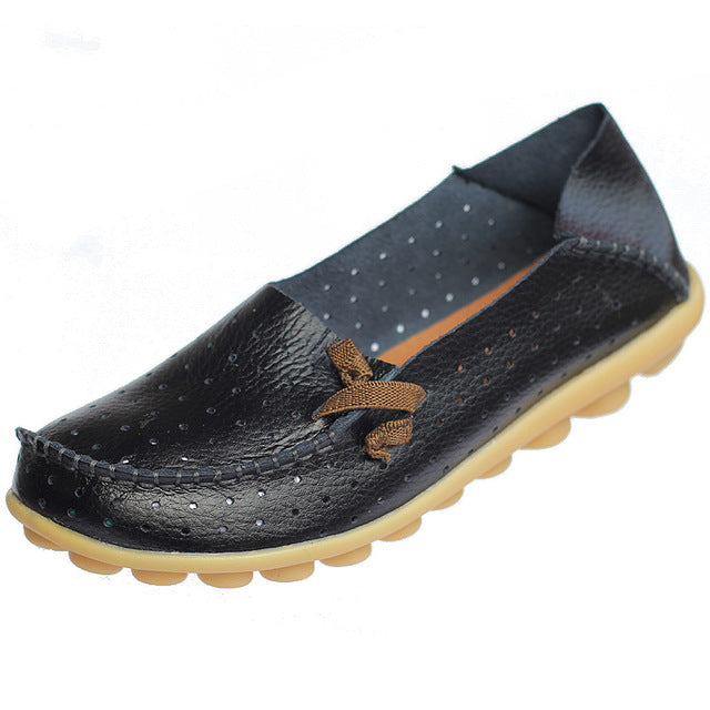 Black Breathable Nodule Shoe with Lace Feature