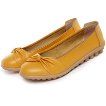 Yellow Bowtie Toe Nodule Shoes