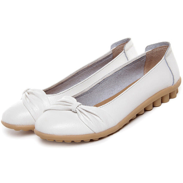 White Bowtie Toe Nodule Shoes