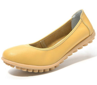 covered toe nodule shoe with the yellow leather