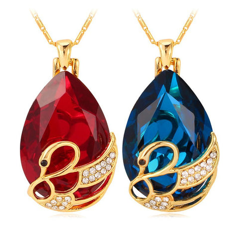 Crystal Swan Necklaces & Pendants