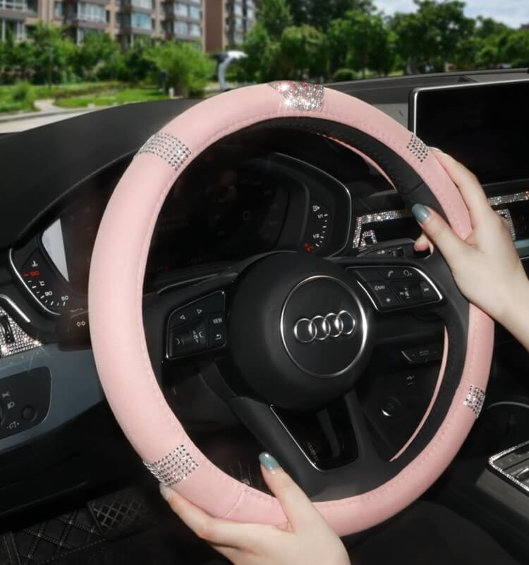 pink-steering-wheel-covers-with-crystal-diamonds