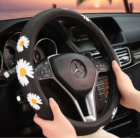 products/white-daisy-steering-wheel-cover_2.jpg