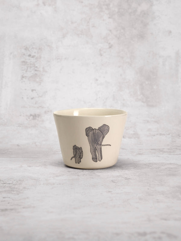 Tasse à thé Elephant Mother-TASSES-Three Seven Paris- Ceramic Plates, Platters, Bowls, Coffee Cups. Animal Designs, Zebra, Flamingo, Elephant. Graphic Designs and more.