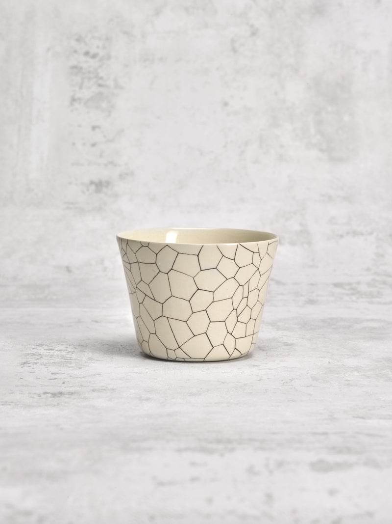 Tasse à thé Dryness-TASSES-Three Seven Paris- Ceramic Plates, Platters, Bowls, Coffee Cups. Animal Designs, Zebra, Flamingo, Elephant. Graphic Designs and more.