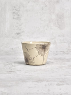 Tasse à thé Flowers 1-TASSES-Three Seven Paris- Ceramic Plates, Platters, Bowls, Coffee Cups. Animal Designs, Zebra, Flamingo, Elephant. Graphic Designs and more.