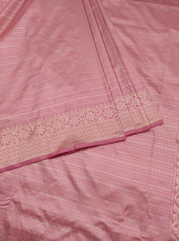 Baby pink katan silk tanchoi Banarasi saree with thin strip pattern (3) Center