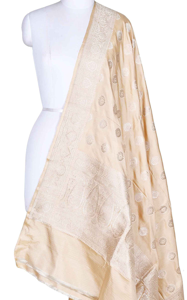 Beige katan silk Banarasi dupatta with stylized booti (1) Main