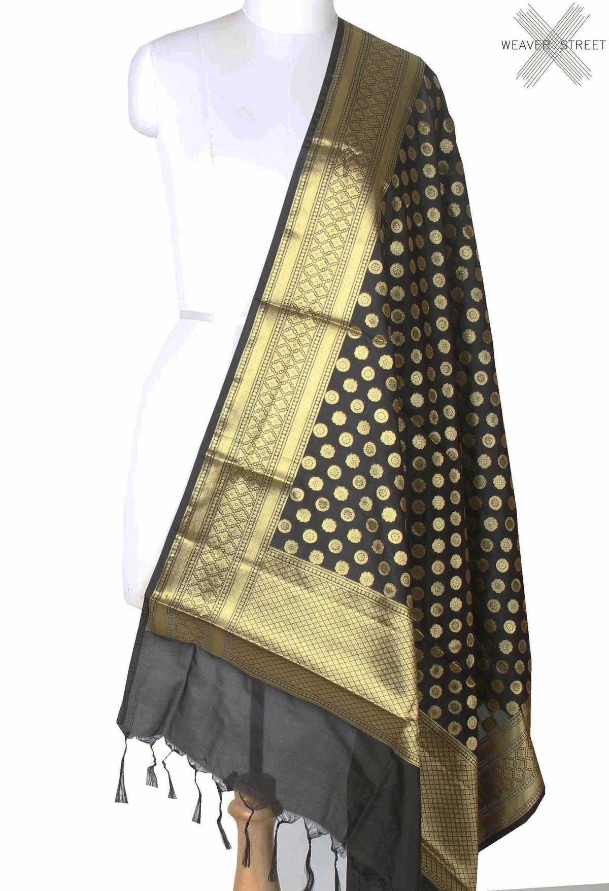 Black Banarasi dupatta with mini flower motifs (1) main
