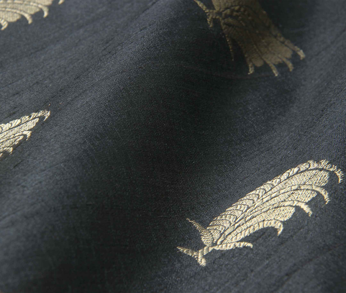 Black Tussar Silk Handwoven Banarasi saree with feather boota (3) closeup