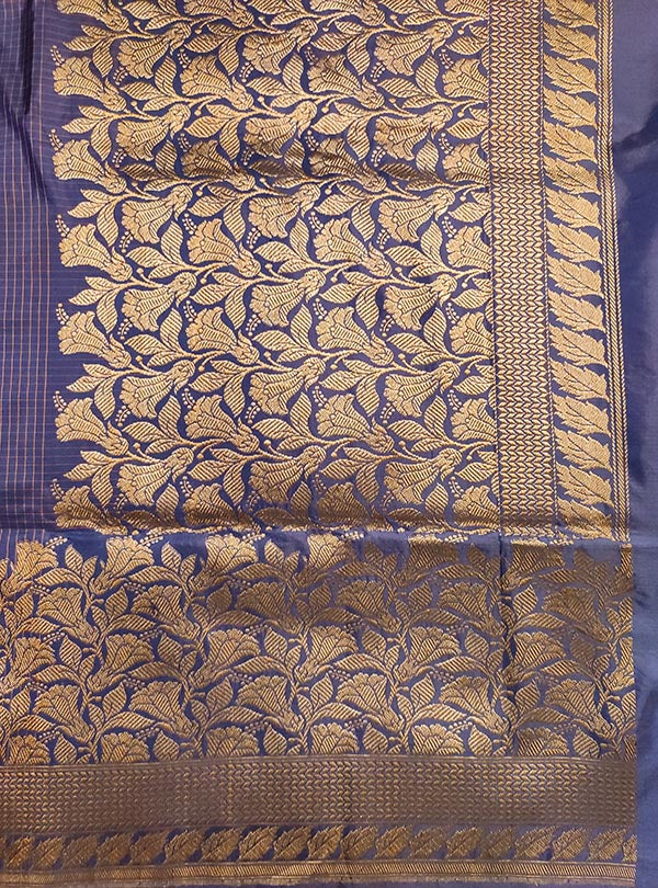 Blue Katan silk handloom Banarasi checkered saree with kadwa bracelet boota (4) anchal