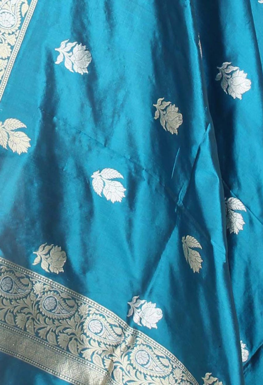Blue Katan Silk Handwoven Banarasi Dupatta with Rose boota in dual zari (2) closeup