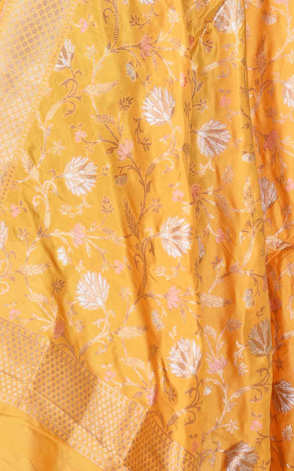 Butter Yellow Katan silk Banarasi dupatta with artistic meenedar floral jaal (2) Close up