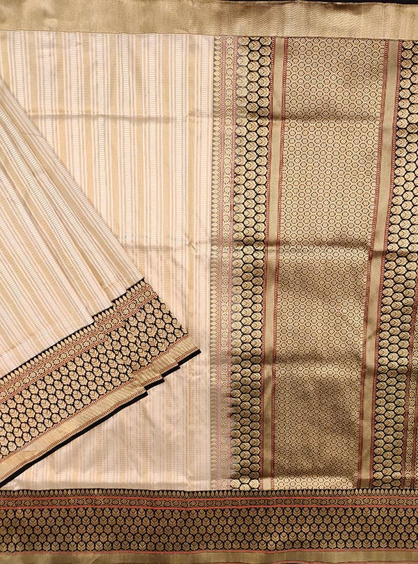 Cream Katan silk tanchoi Banarasi saree with dobby weave (1) main