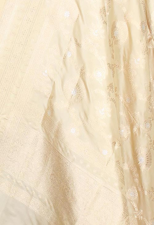 Cream Katan Silk Banarasi dupatta with decorated jaal (2) closeup