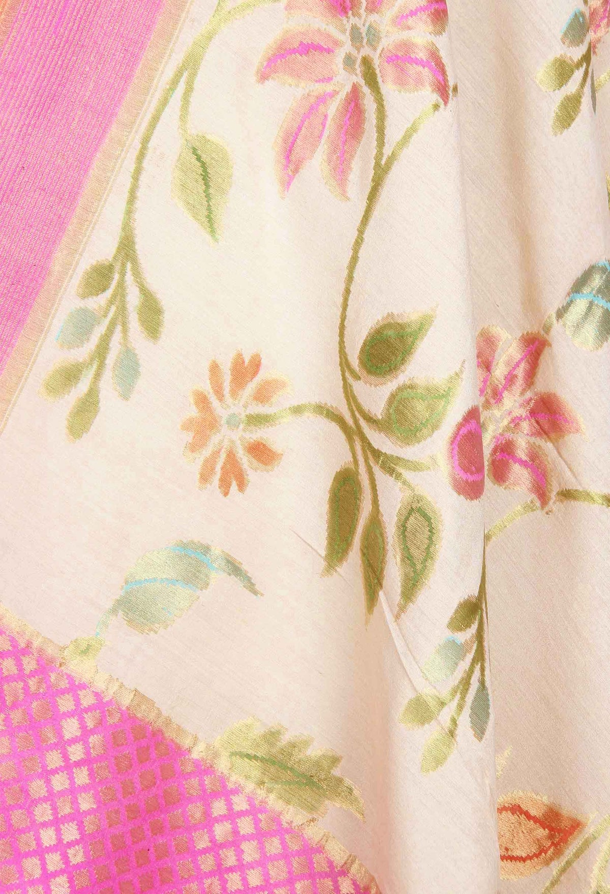Cream Muga Silk Handwoven Banarasi Dupatta with flower jaal (2) closeup
