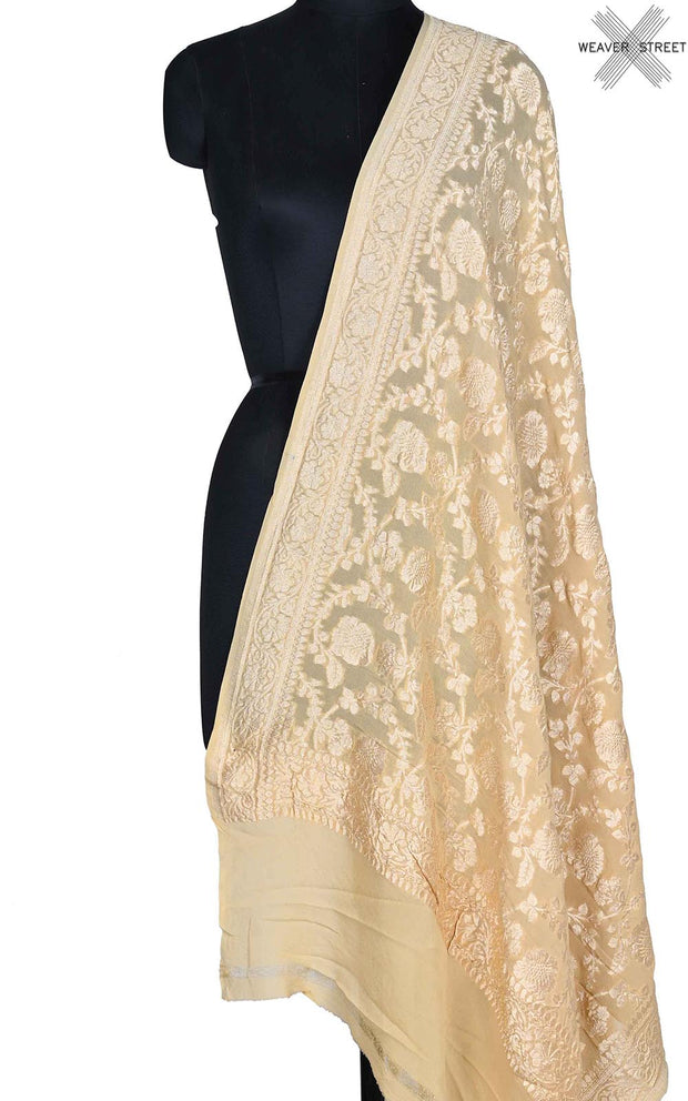 Cream khaddi georgette Banarasi dupatta with floral jaal (1) Main