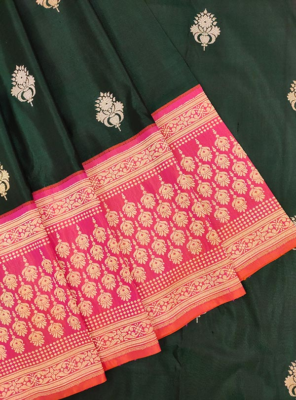 Dark green katan silk Banarasi saree with artistic sona rupa booti (2) close up