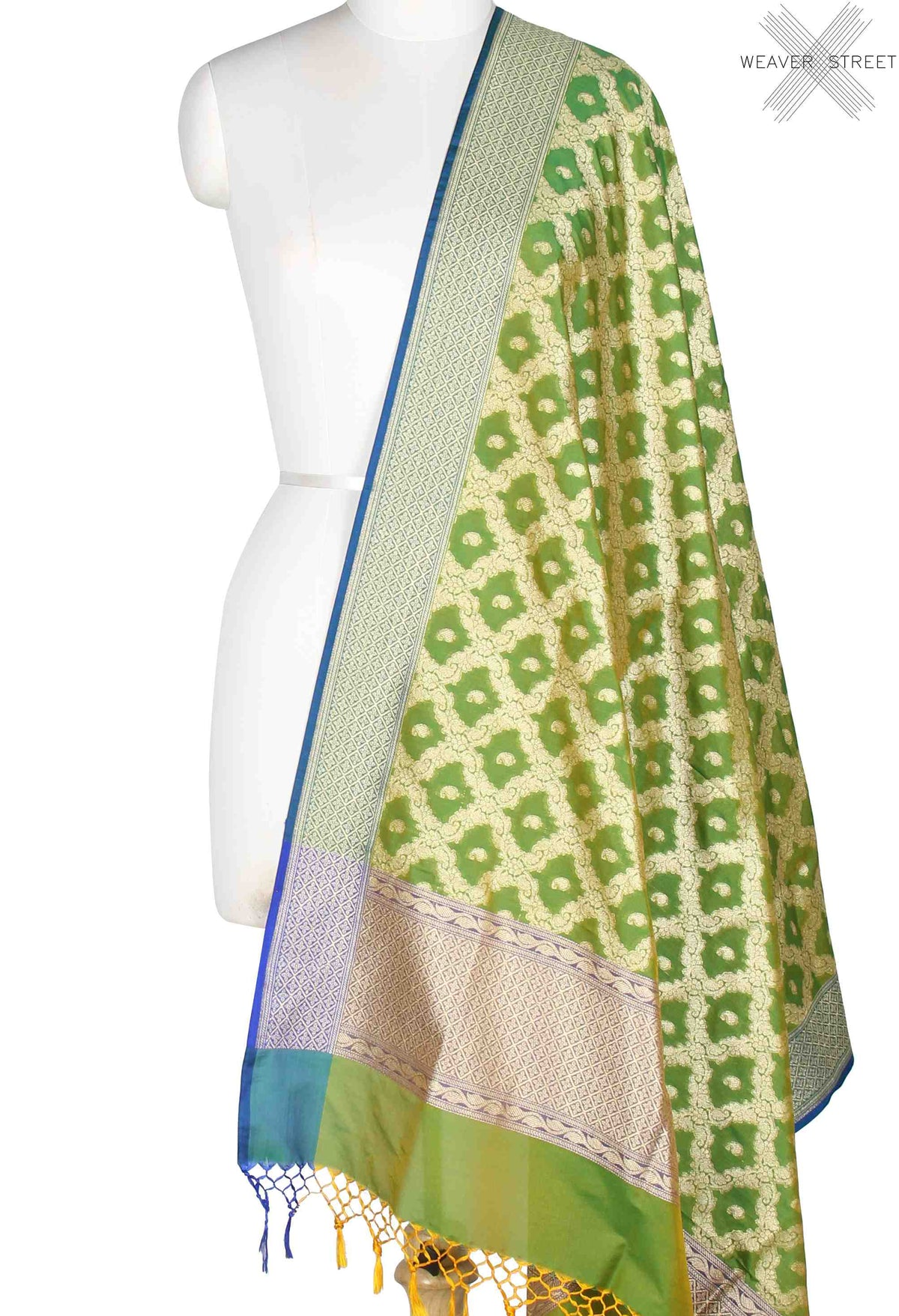Green Banarasi Dupatta with mini paisely booti inside jaal (1) Main