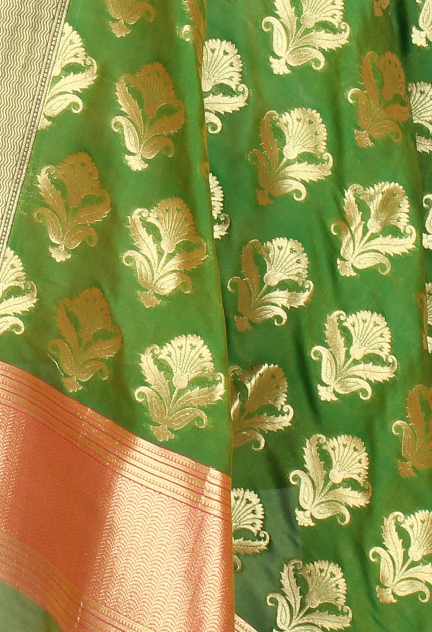 Green Banarasi Dupatta with stylized flower boota (2) Close up