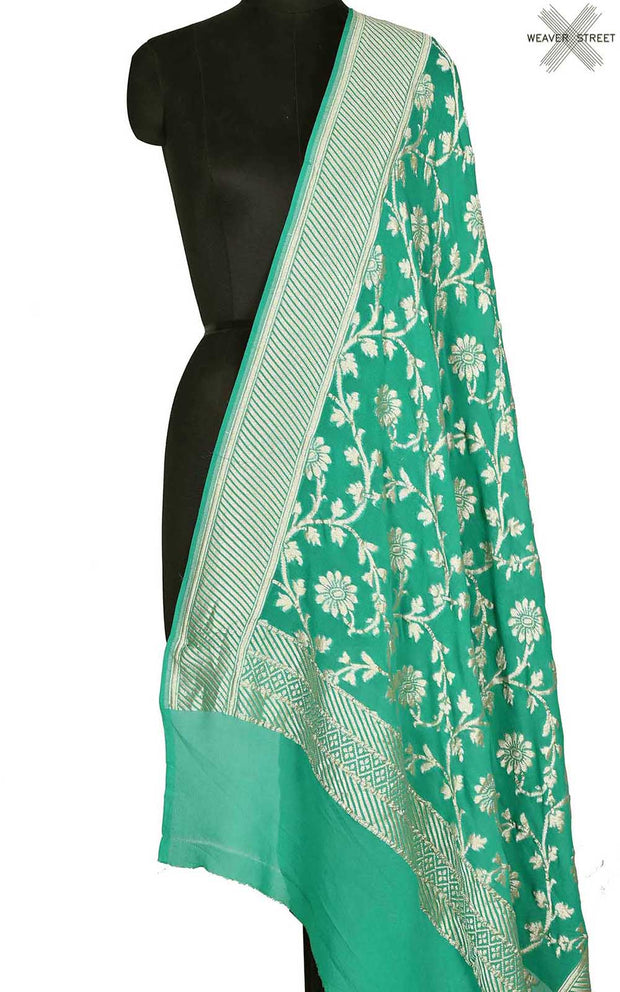 Green khaddi georgette Banarasi dupatta with floral jaal (1) Main