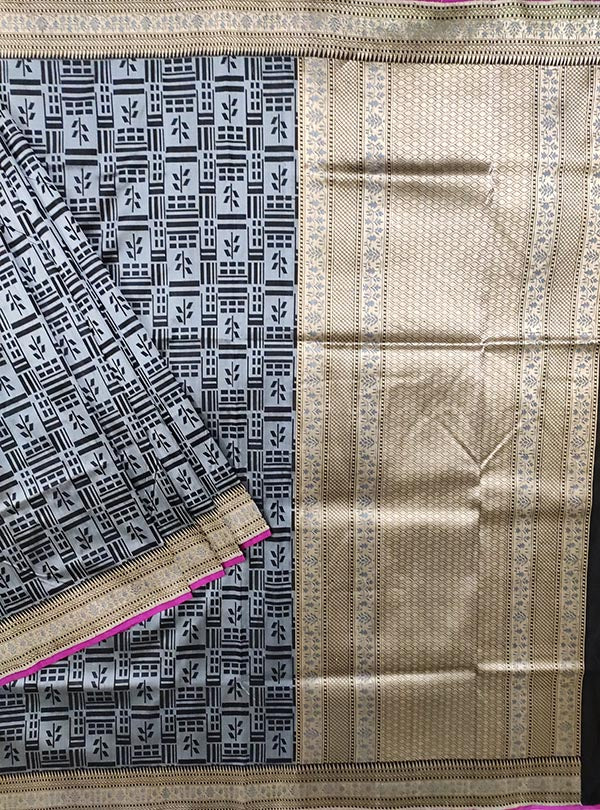 Grey Katan silk handloom tanchoi Banarasi saree with leaf inside box (1) MAIN