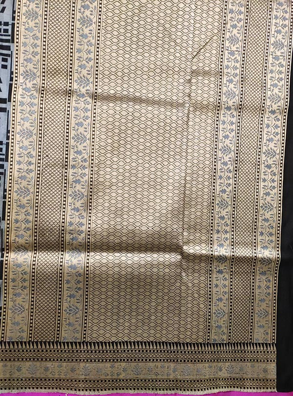 Grey Katan silk handloom tanchoi Banarasi saree with leaf inside box (4) ANCHAL