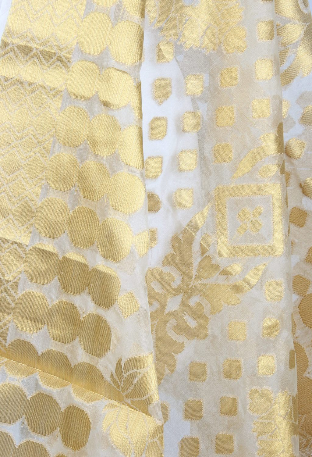 Kora art silk Banarasi dupatta with geometrical shape motifs and jaal (2) Close up