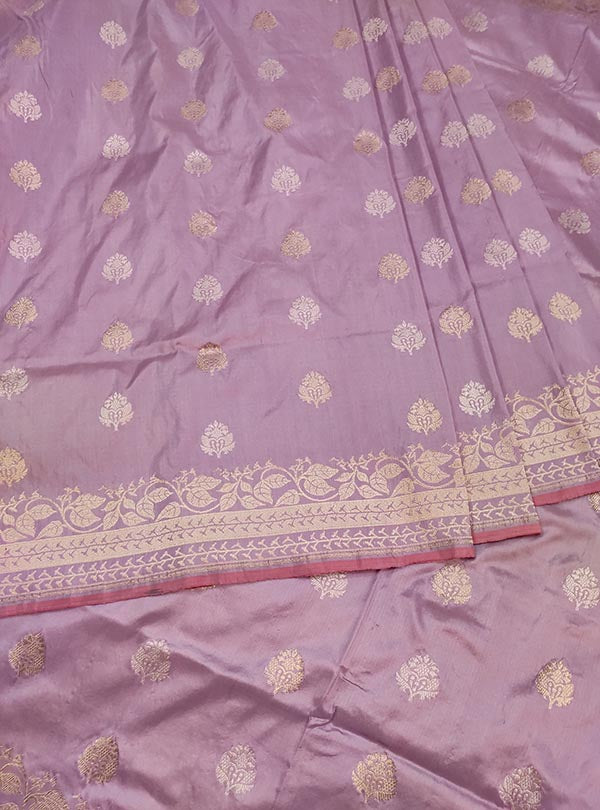 Light mauve katan silk Banarasi saree with sona rupa stylized booti (3) center