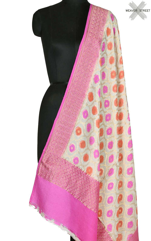 Off white muga silk Banarasi dupatta with meenedar ogee jaal (1) Main