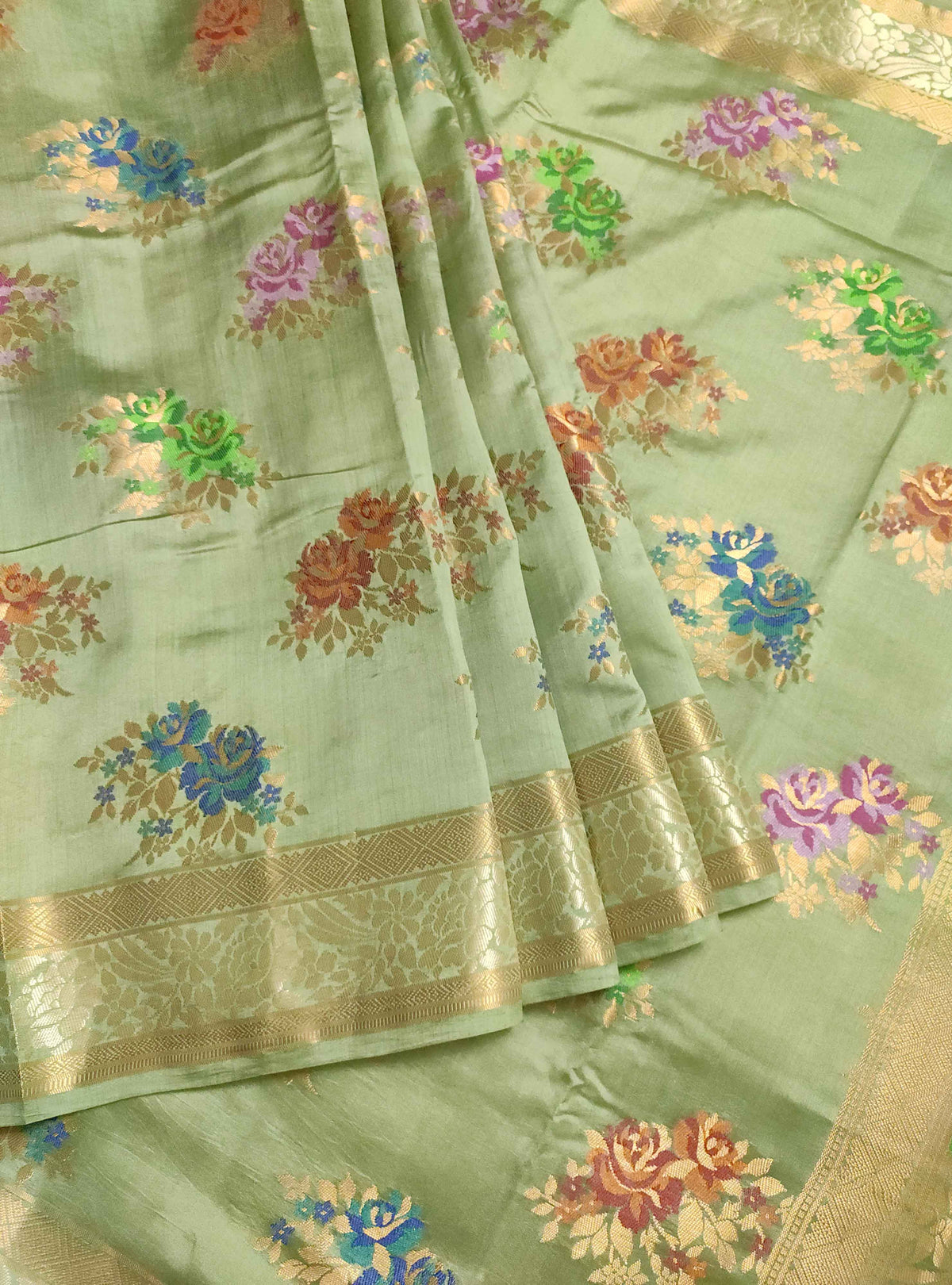 Olive green muga silk handloom Banarasi saree with tilfi flower bunch boota (3) Front