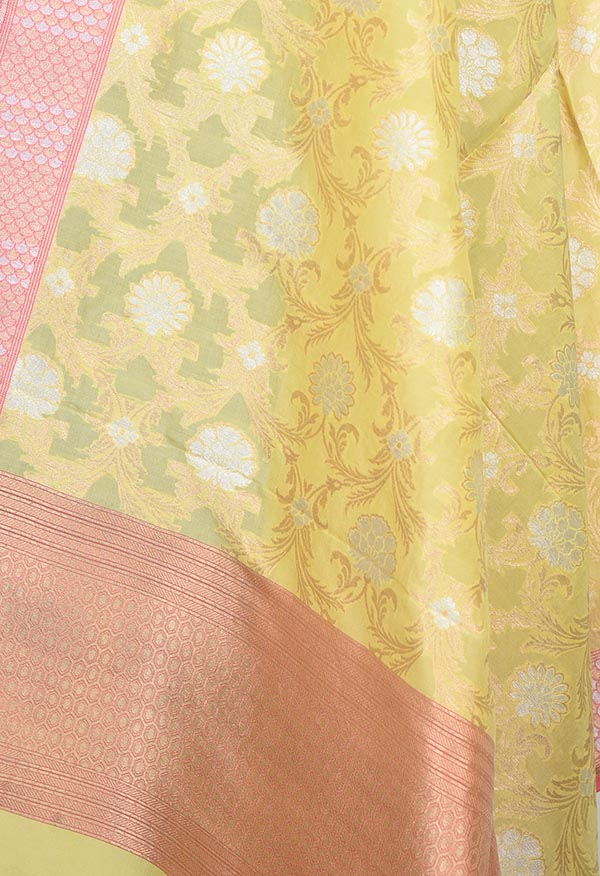 Pastel Yellow Banarasi Silk Dupatta with sona rupa floral jaal (2) Close up