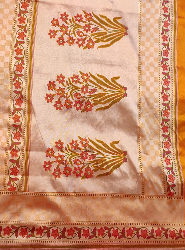Peach Katan silk handloom Banarasi saree with mini flower booti (4) anchal