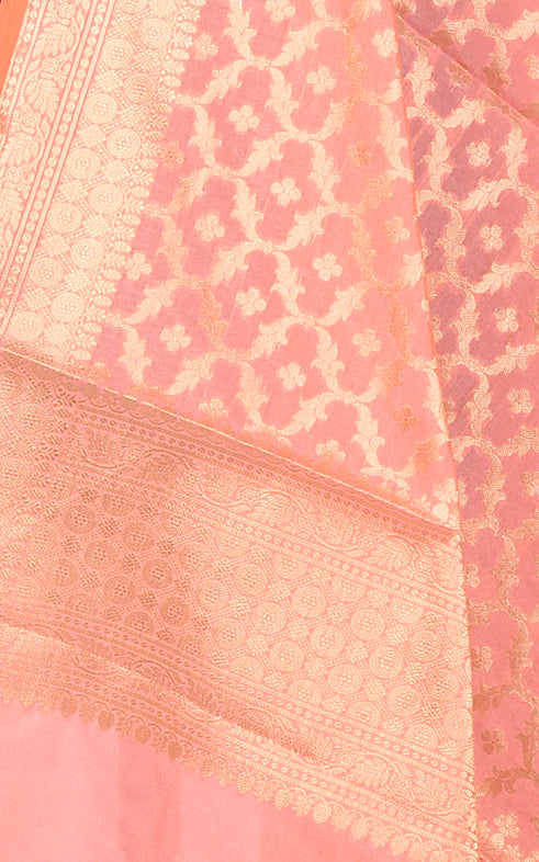 Peach Banarasi dupatta with booti inside ogee jaal (2) Closeup