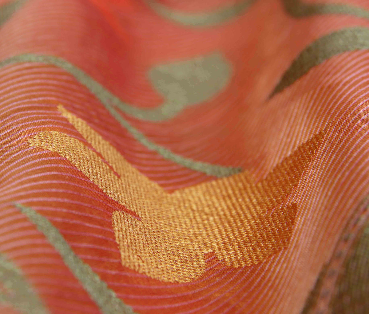 Peach Cotton Supernet Banarasi Saree with Floral jaal (3) closeup