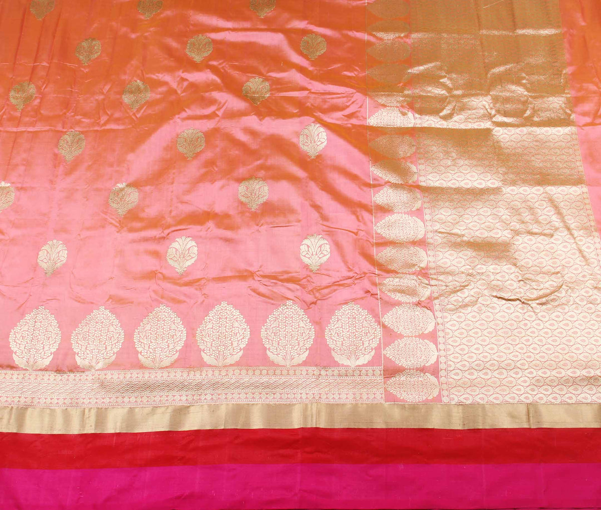 Peach Katan silk handwoven Banarasi saree with floral boota (2) flat