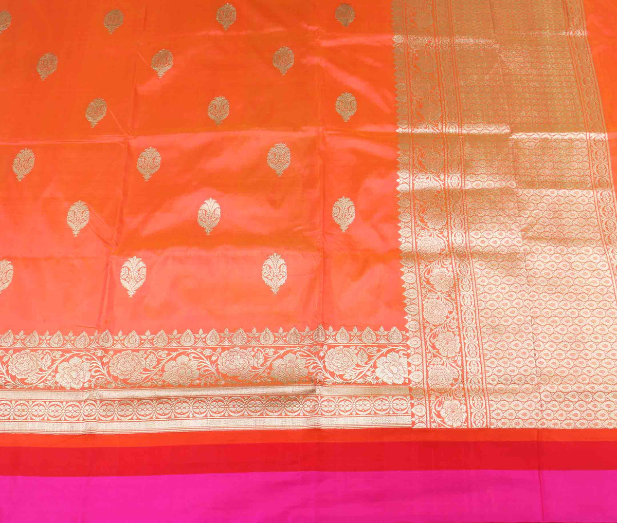Peach katan silk handwoven Banarasi saree with flower and leaf boota (2) flat