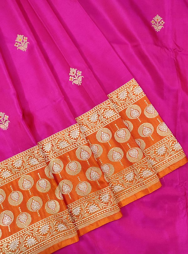Pink Katan silk handloom Banarasi saree with meenedar small flower booti (2) CLOSEUP