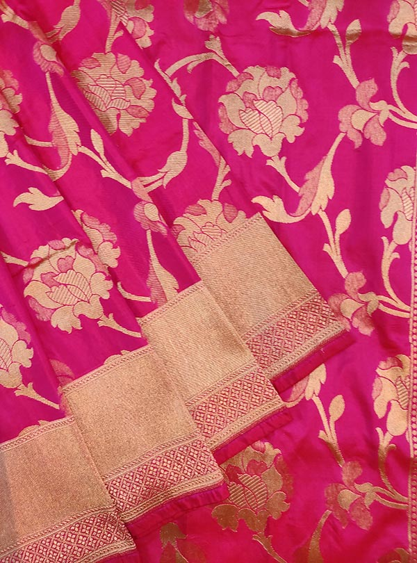 Pink katan silk Banarasi saree with elegant flower jaal (2) close up