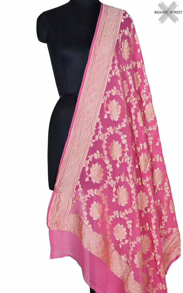 Pink khaddi georgette Banarasi dupatta with flower jaal (1) Main